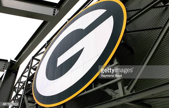 120 Green Bay Packers Logo Photos And Premium High Res Pictures Getty Images