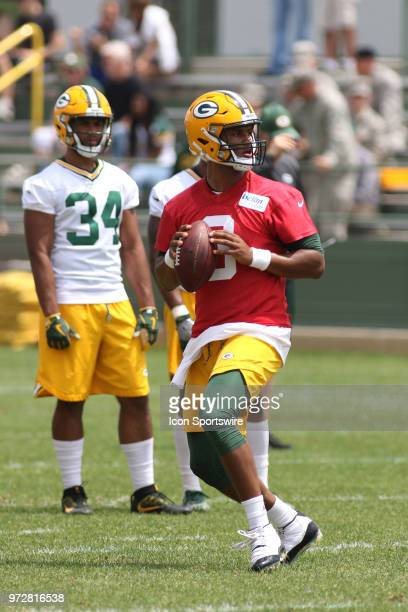 Green Bay Packers quarterback DeShone Kizer looks to pass during Green Bay Packers minicamp at Ray Nitschke Field on June 12 2018 in Green Bay WI