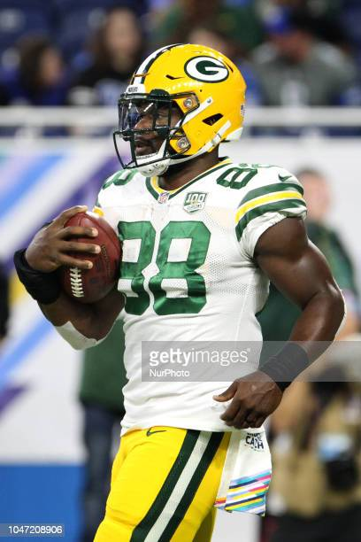 Green Bay Packers running back Ty Montgomery during practice of an NFL football game against the Detroit Lions in Detroit Michigan USA on Sunday...