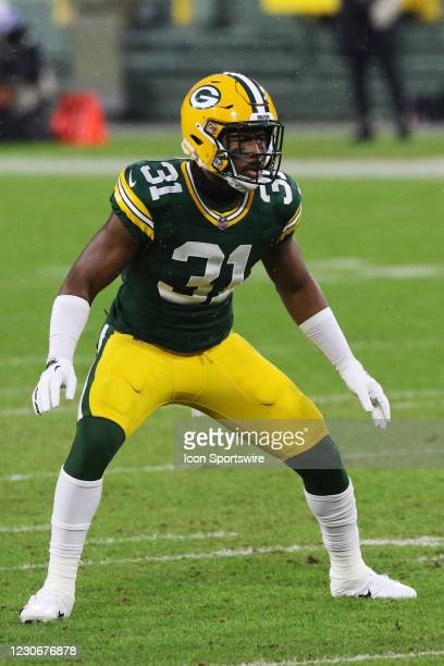 Green Bay Packers strong safety Adrian Amos waits for the snap during a NFL Divisional Playoff game between the Green Bay Packers and the Los Angeles...