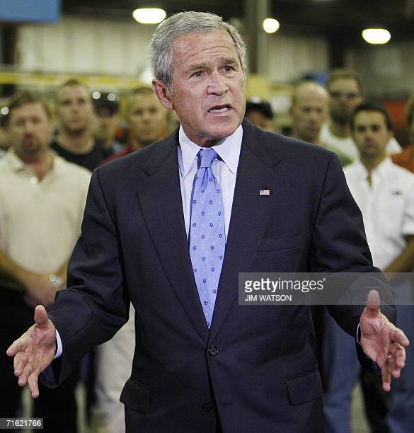 US President George W Bush speaks on the economy during a tour of Fox Valley MetalTech in Green Bay Wisconsin 10 August 2006 AFP PHOTO/Jim WATSON
