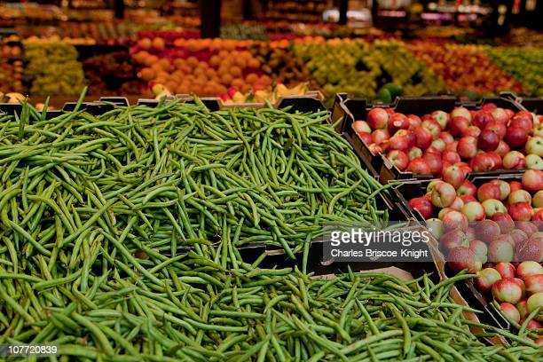 Green beans and fruit
