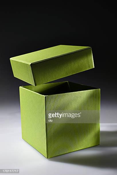 Boîte verte badges ouvert