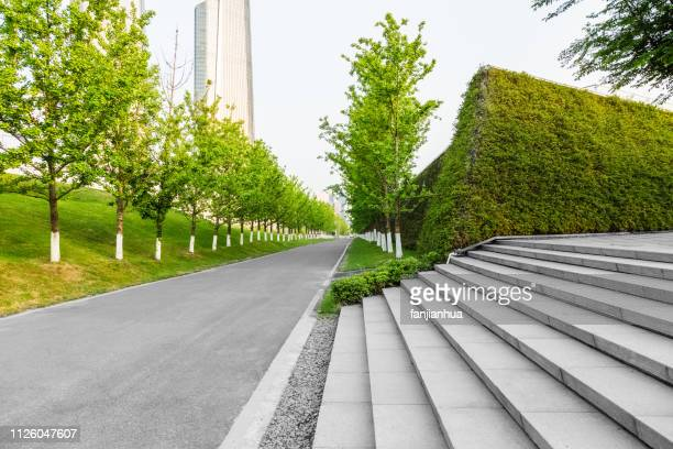 green city park - business community stock pictures, royalty-free photos & images