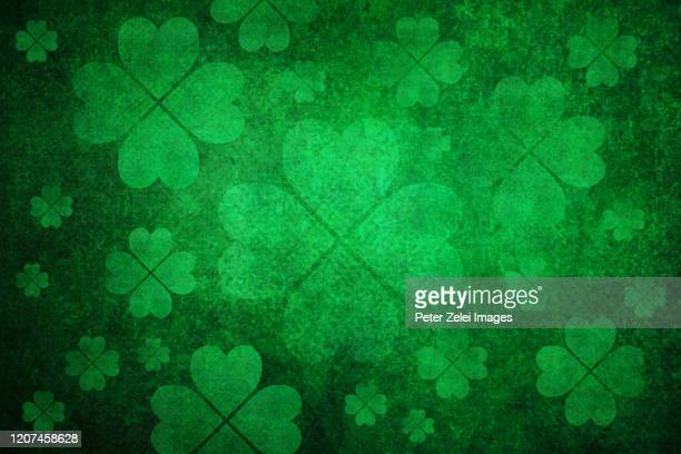 green clover background - st patricks stock pictures, royalty-free photos & images