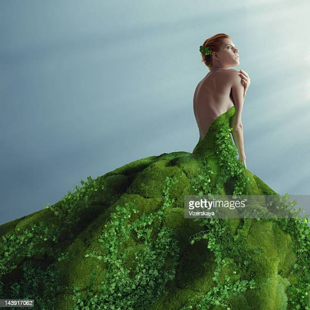 green dress - green dress stock pictures, royalty-free photos & images
