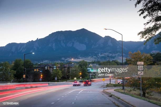 green mountain, rocky mountains, flatirons, boulder, colorado - boulder colorado stock pictures, royalty-free photos & images