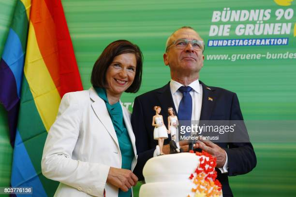 Green Party Chairman and candidate for the german federal election Katrin GoeringEckart and Volker Beck member of the green party fraction in...
