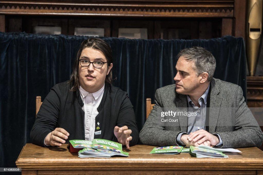 The Green Party Launch Their LBTIQA+ Manifesto : Fotografía de noticias