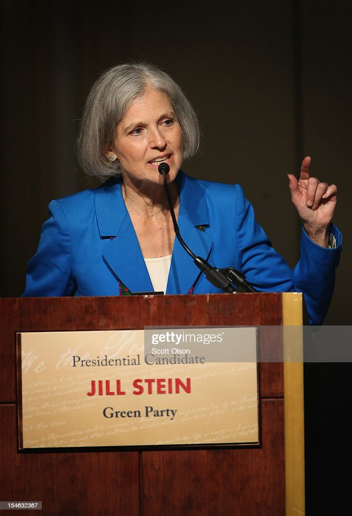 Green Party presidential candidate Jill Stein makes a point during a debate hosted by the Free and Equal Elections Foundation and moderated by former CNN talk-show host Larry King on October 23, 2012 in Chicago, Illinois. The 90-minute debate held at the Chicago Hilton hotel featured presidential candidates from the Green Party, Libertarian Party, Constitution Party and Justice Party.
