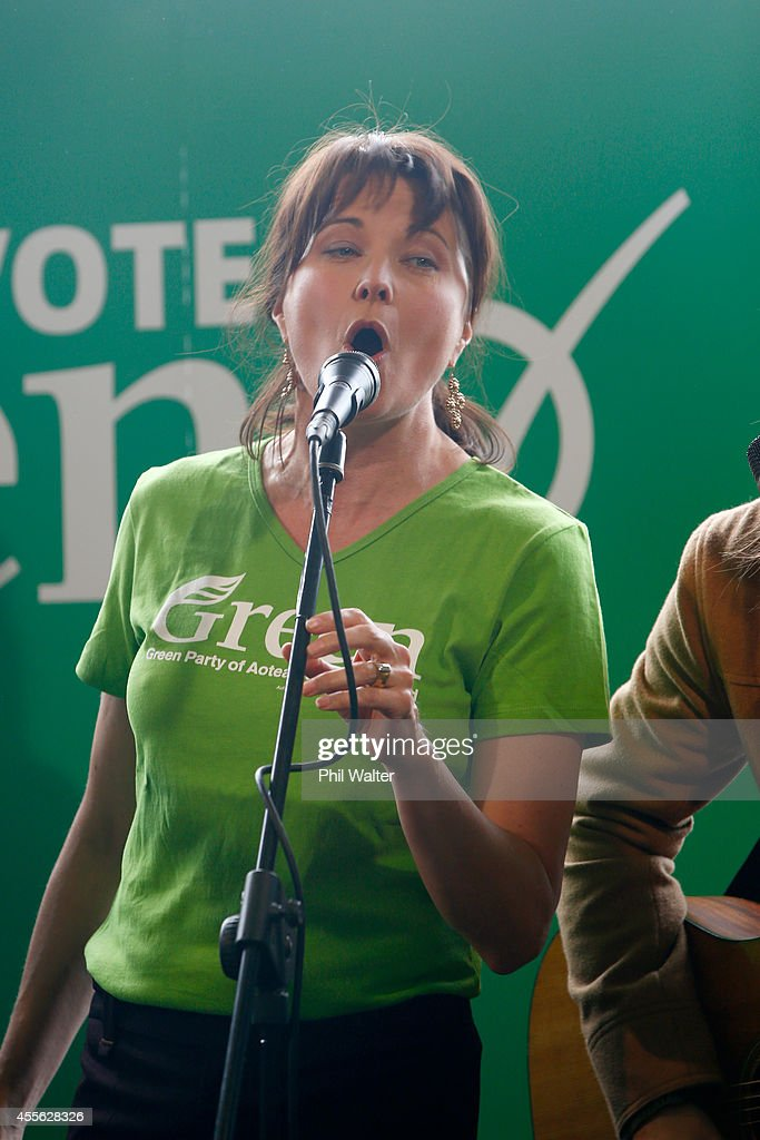 Green Party Leaders Campaign In Auckland : News Photo