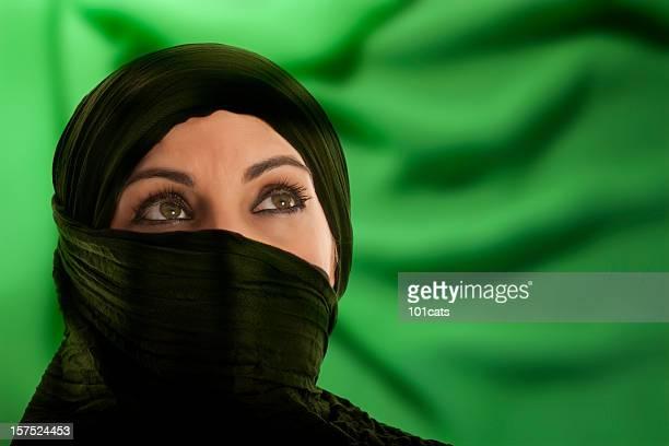 vert - femme touareg photos et images de collection