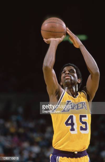 Green, Power Forward for the Los Angeles Lakers prepares to make a free throw during the NBA Pacific Division basketball game against the Portland...
