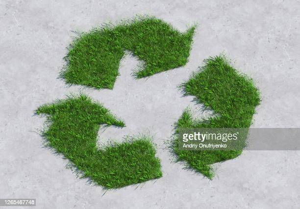 green recycle sign - climate stock pictures, royalty-free photos & images
