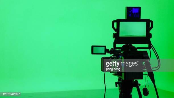 green screen keyer - émissions de télévision et de radio photos et images de collection