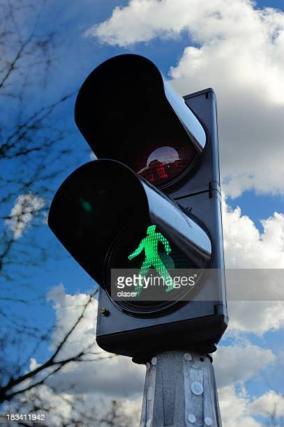 green traffic light - semaphore stock pictures, royalty-free photos & images