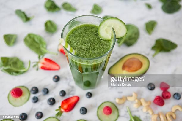 Green vegetable juice drink