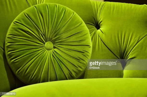 Vert avec canapé en velours