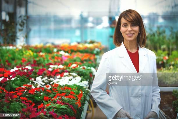 greenhouse researcher. - gilaxia foto e immagini stock
