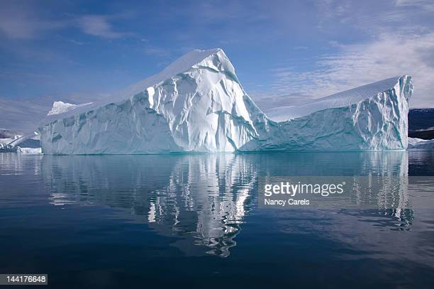 greenland - iceberg photos et images de collection