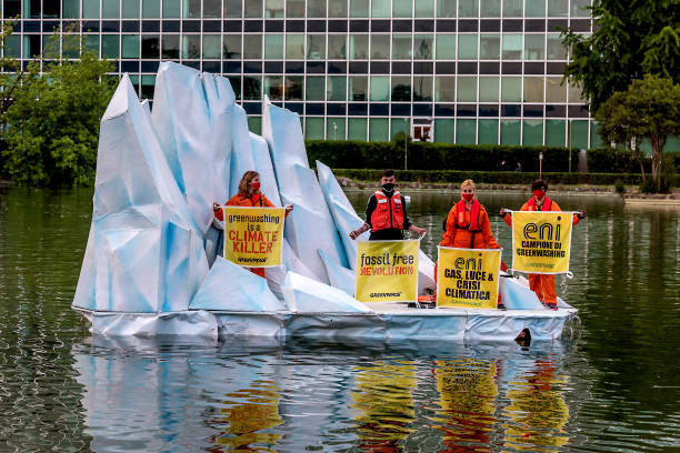 ITA: Greenpeace Activists On Iceberg Outside Rome's ENI Palace