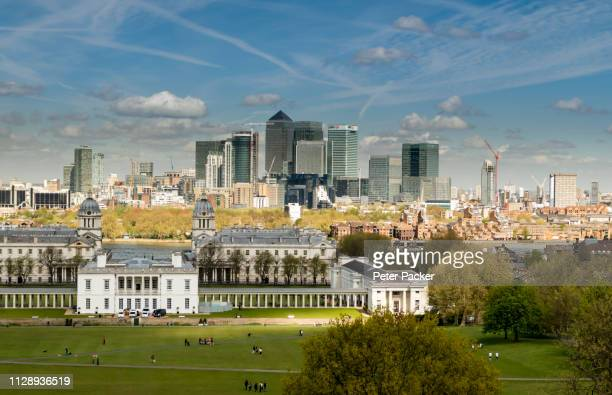 greenwich & canary wharf, london, gb - isle of dogs london stock pictures, royalty-free photos & images
