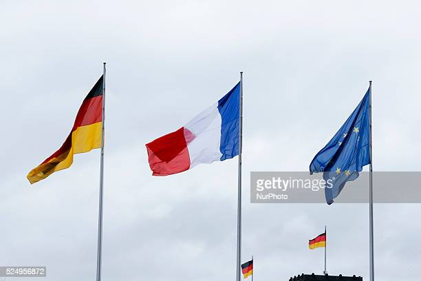 Greeting of the President of the French Republic Fran��ois hollande by Chancellor Merkel with military honors at the German Chancellery on March 31...