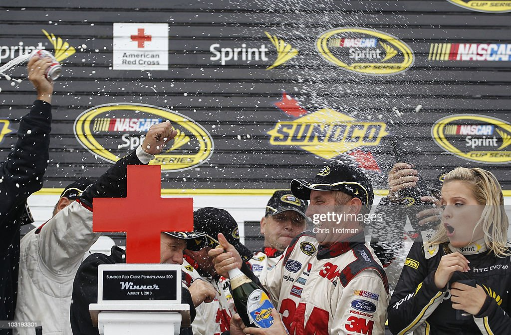 Sunoco Red Cross Pennsylvania 500 Photos and Images | Getty Images