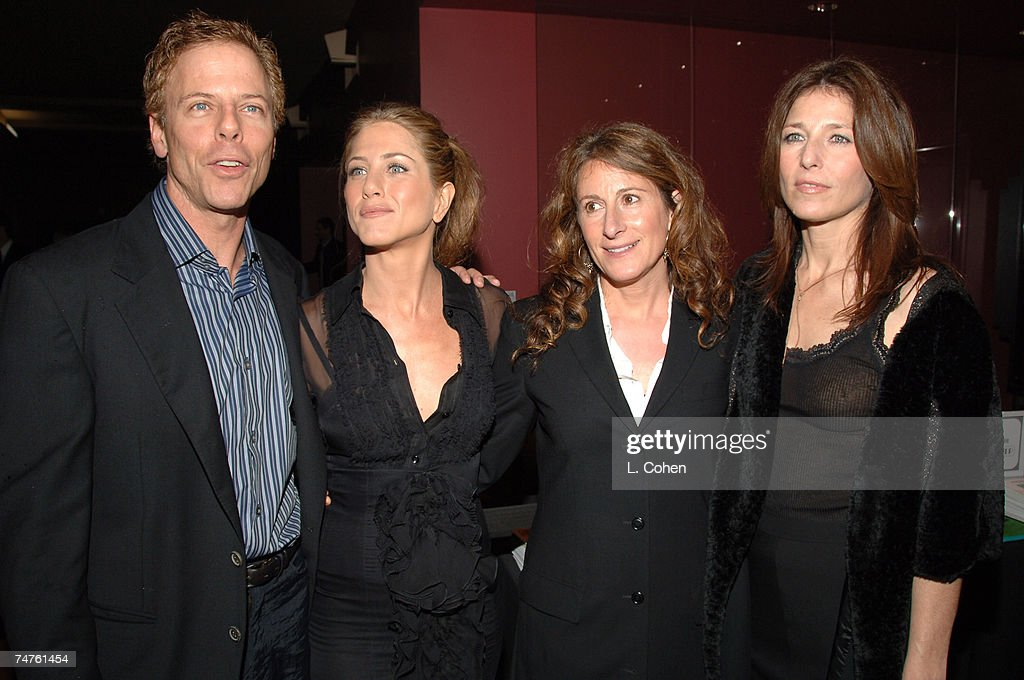 """""""Friends With Money"""" Los Angeles Premiere - Red Carpet : News Photo"""