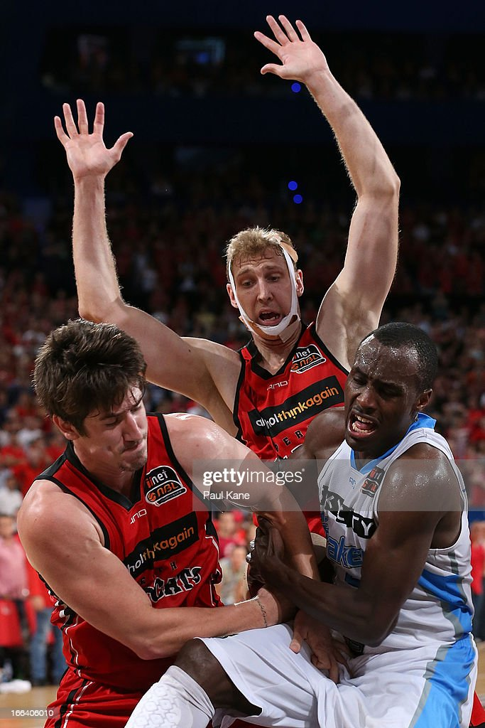 NBL Grand Final - Perth v New Zealand: Game 2 : News Photo