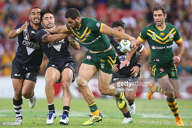 Greg Inglis of Australia makes a break during the TransTasman Test match between the Australia Kangaroos and the New Zealand Kiwis at Suncorp Stadium...