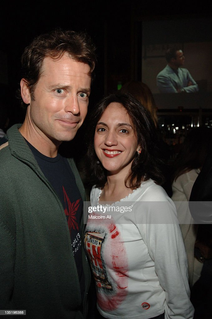 Greg Kinnear and Leah Sydney