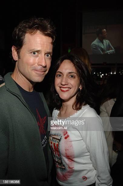Greg Kinnear and Leah Sydney