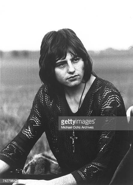 Greg Lake of the English rock band King Crimson poses for a portrait in circa 1969