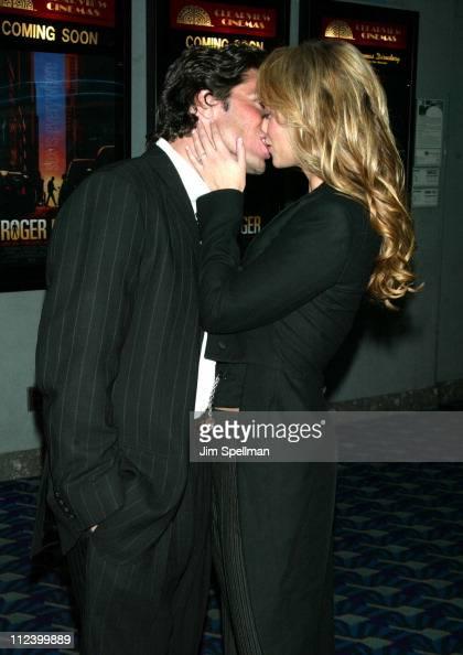 Greg Lauren Elizabeth Berkley During Roger Dodger Premiere New News Photo Getty Images