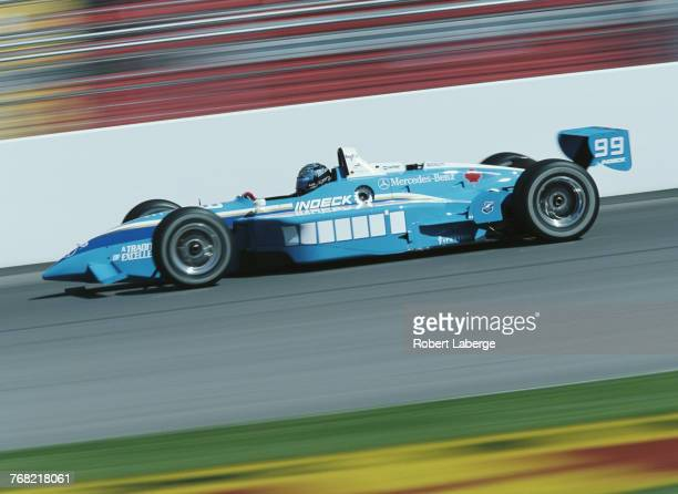 Greg Moore of Canada drives the Forsythe RacingReynard 99i Mercedes during practice for the Championship Auto Racing Teams 1999 FedEx Championship...
