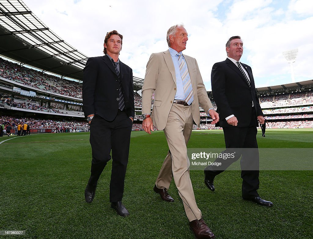 AFL Rd 5 - Essendon v Collingwood : News Photo