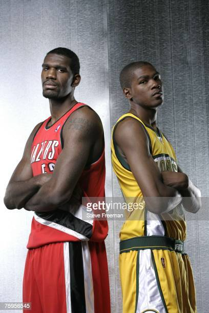¿Cuánto mide Kevin Durant? - Altura real: 2,08 - Real height Greg-oden-of-the-portland-trail-blazers-and-kevin-durant-of-the-a-picture-id75956545?s=612x612