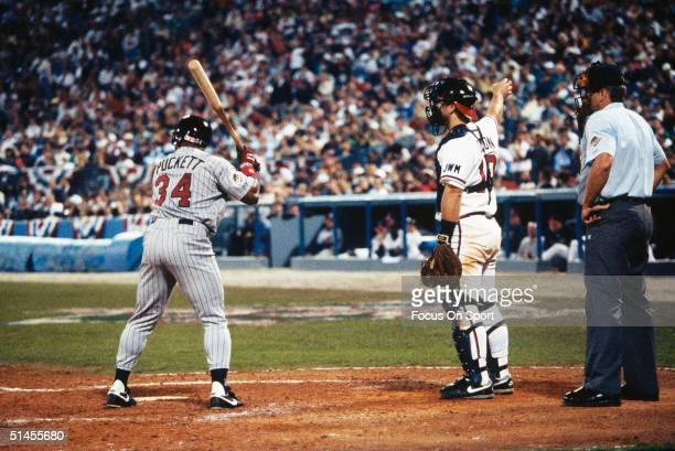 Greg Olson catcher for the Atlanta Braves calls for an intentional walk on Minnesota Twins' Kirby Puckett during Game three of the 1991 World Series...