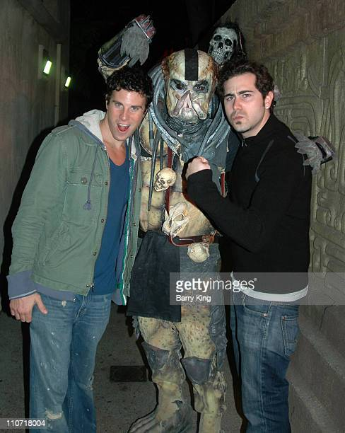 Greg Siff and Scott Brandon and Predator in Jaguar Temple of Sacrifice Maze