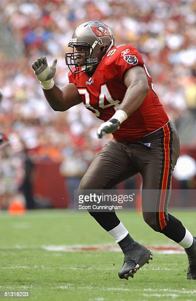 Greg Spires of the Tampa Bay Buccaneers runs to the play against the Washington Redskins on September 12 2004 at FedEx Field in Landover Maryland The...