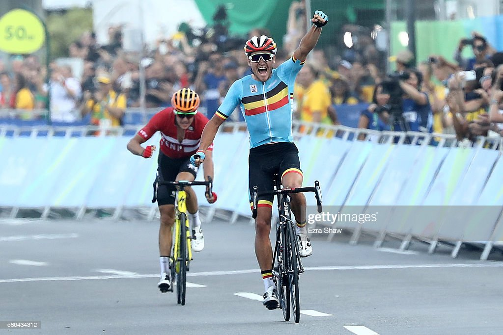 Greg van Avermaet of Belgium celebrates winning the gold medal ahead ... 551ad245a