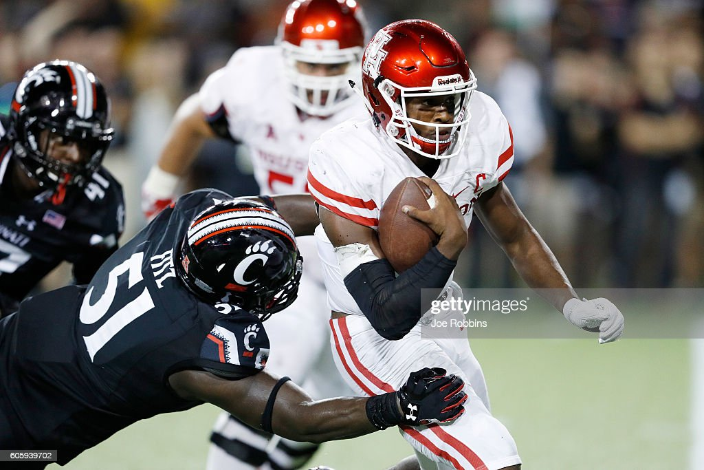 Houston v Cincinnati : News Photo