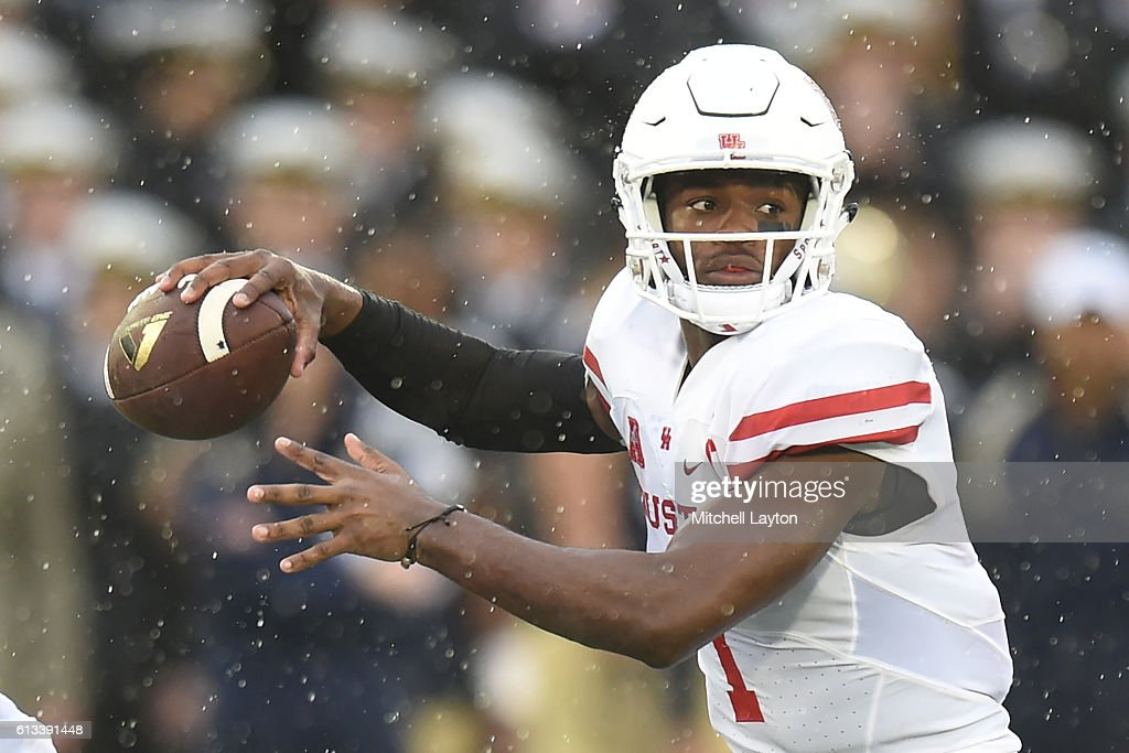 Greg Ward Jr. #1 of the Houston Cougars looks to pass the ball in second quarter during a football game against the Navy Midshipmen at Navy-Marines Memorial Stadium on October 8, 2016 in Annapolis, Maryland.