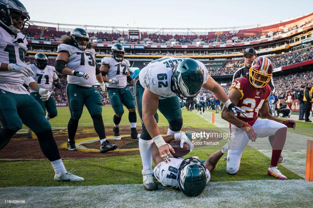 Philadelphia Eagles vWashington Redskins : News Photo