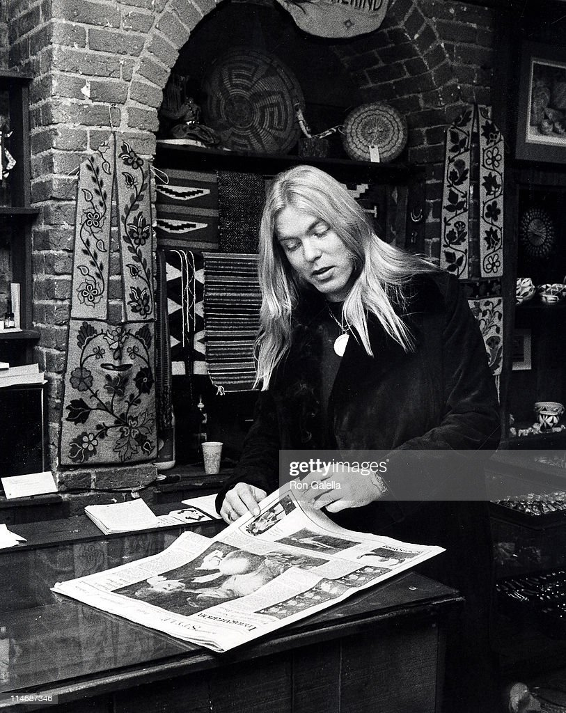 Gregg Allman at Amerind jewelry shop on M Street in Georgetown