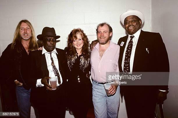 Gregg Alman, John Lee Hooker,Bonnie Raitt, Joe Cocker and Willie Dixon backstage at John Lee Hooker's Tribute Concert at Madison Square Garden in New...