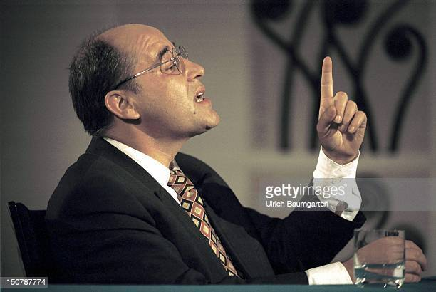 Gregor GYSI chairman of the PDS party group in the German Bundestag