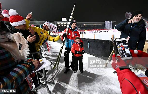 Gregor Schlierenzauer with child participate in the Ski Jumping World Cup Team event on January 21 2017 in Zakopane Poland The 2016/2017 FIS Ski...