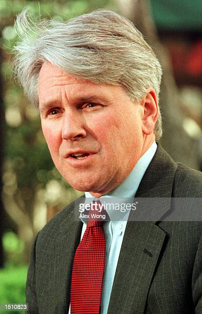 Gregory Craig the attorney for Juan Miguel Gonzalez speaks to the media April 19 2000 outside his office in Washington DC after a federal appeals...
